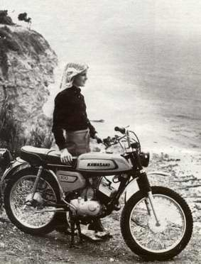 Click for Bo Derek & Kawasaki motorcycle
