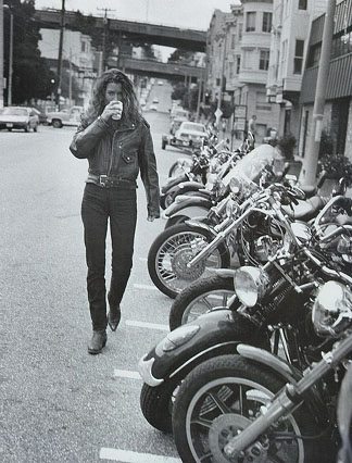 Click for Carre Otis & Harley