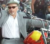 Click for Dennis Hopper & motorcycle